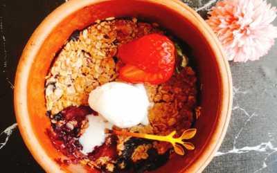 حلويات صحية بالشوفان كرامبل الفواكة
