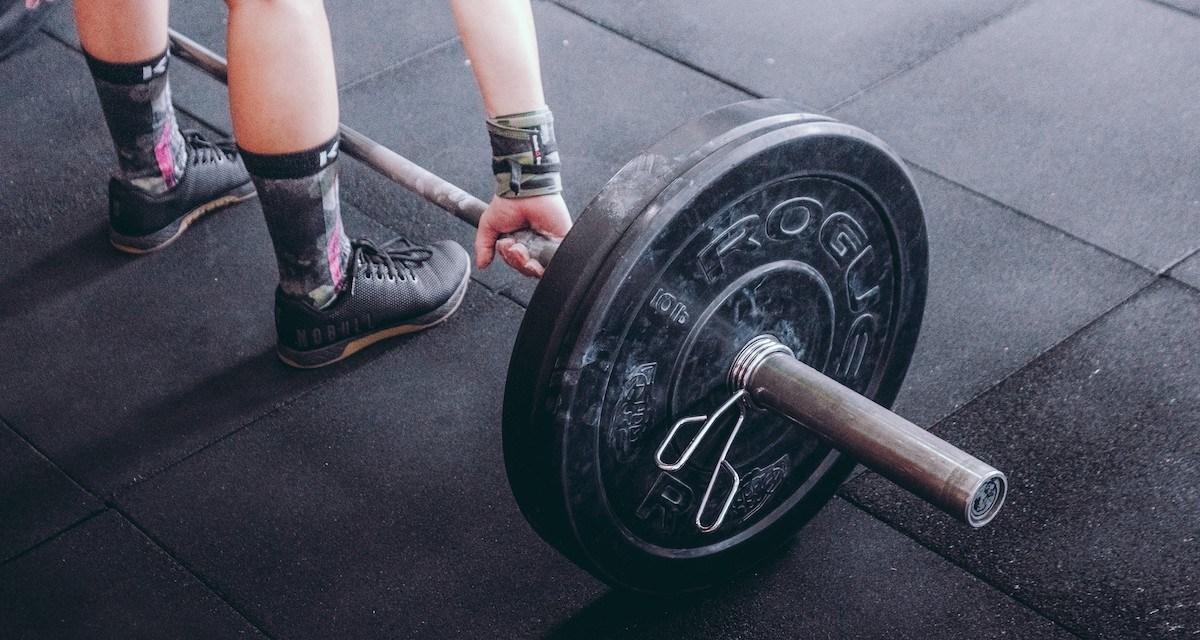 激烈運動前後,補充膠原蛋白可能有助肌肉疼通的恢復?