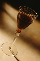 Красное вино - источник долголетия