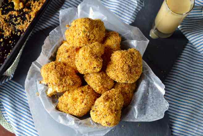 cauliflower poppers with honey mustard dipping sauce