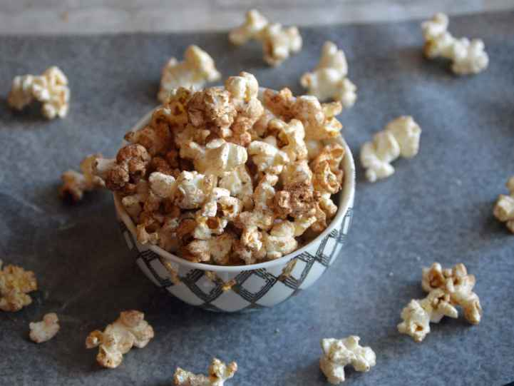 popcorn with cocoa powder