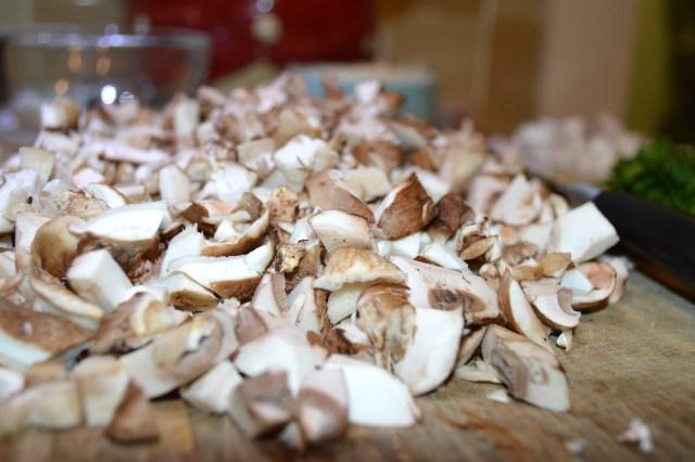 Chopped Shitake & Baby Bella Mushrooms