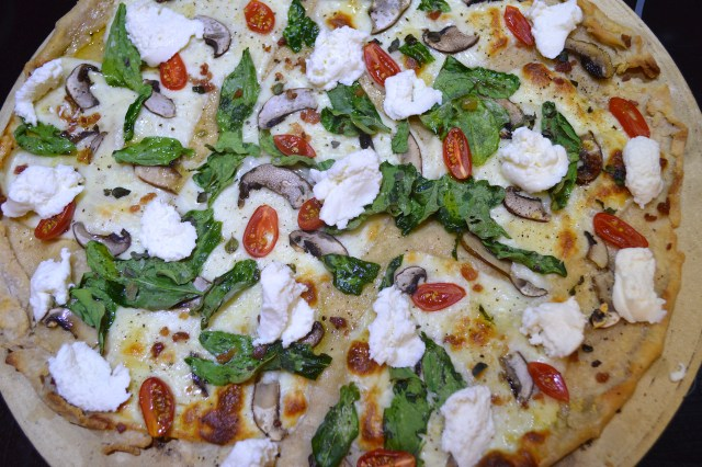 Sourdough Pizza w:Baby Bellas, Spinach, Mozzarella, Tomato, Fresh Oregano, Ricotta