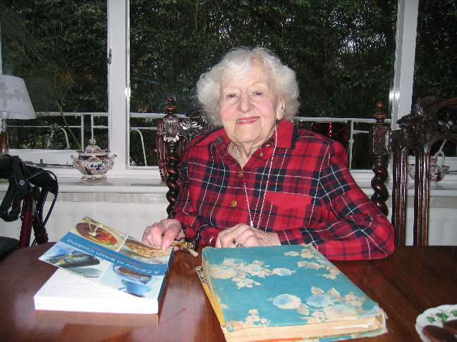 Marguerite Patten signing books
