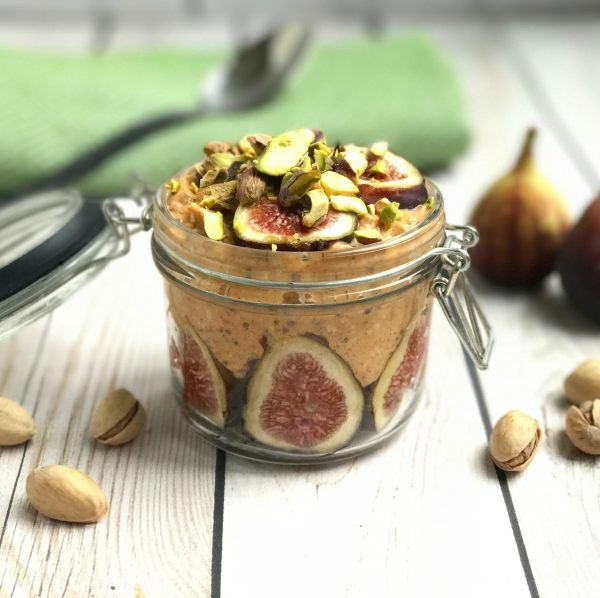 pumpkin fig pistachio overnight oats in a mason jar