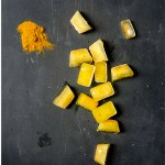 Turmeric powder with ginger and turmeric ice cubes