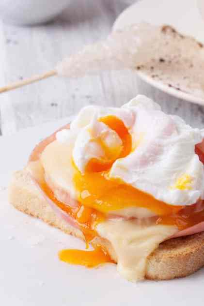 Poached eggs, cholesterol concept