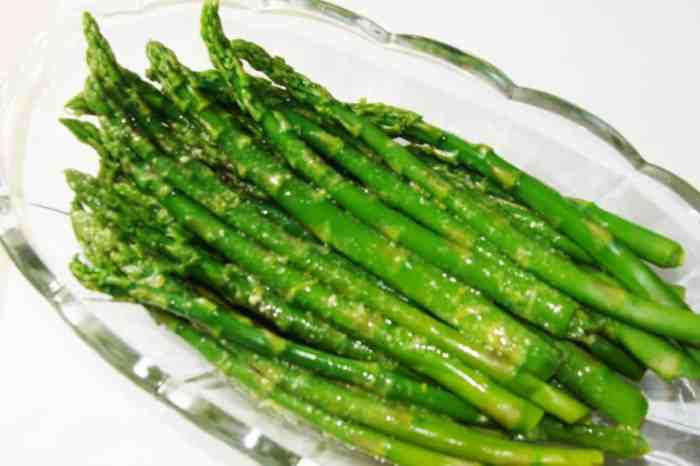 Blanched Asparagus with Lemon-Dijon Vinaigrette