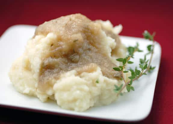 Simple Paleo Herb Gravy