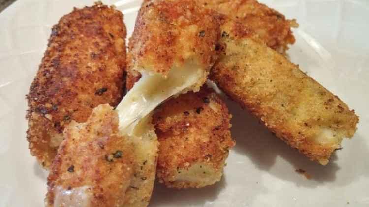 Easy Keto Mozzarella Sticks