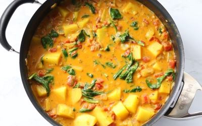 Yellow Curry with Vegetables & Potatoes