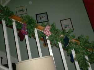 Great Idea for Small Pieces — Stitch a Garland