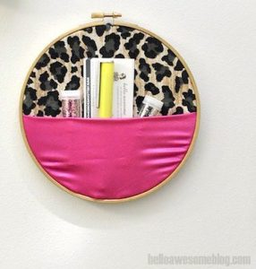 Make a No Sew Embroiderer's Wall Pocket