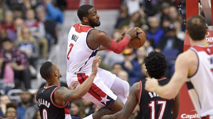John Wall driving for layup