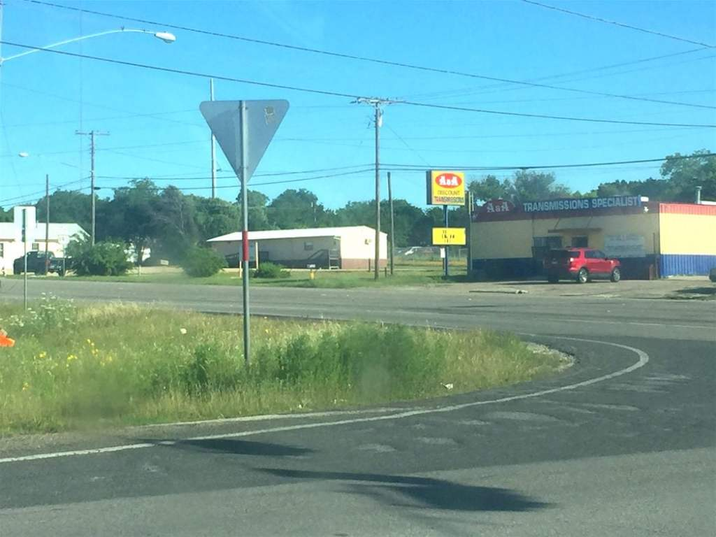 How Ironic: Truck's transmission breaks right in front of a transmission shop!