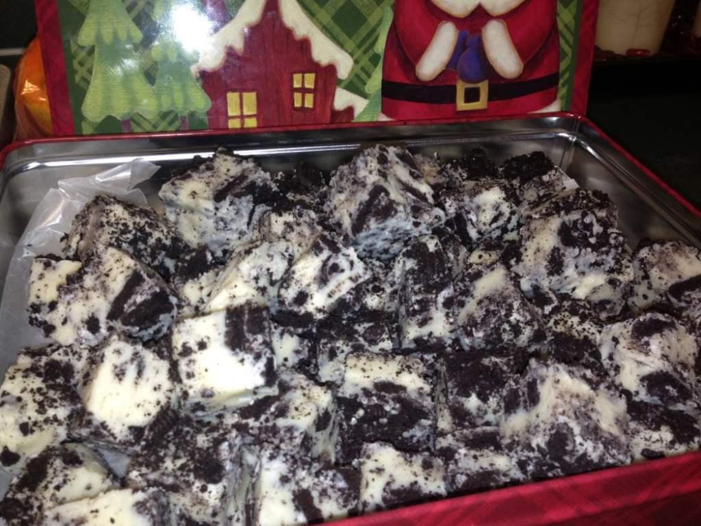 Cookies N cream fudge aka Cookies and Cream Fudge or Oreo Fudge