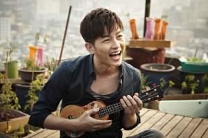 Song-Joong-Ki-in-Penny-Pinchers-korean-actors-and-actresses-33017423-850-566