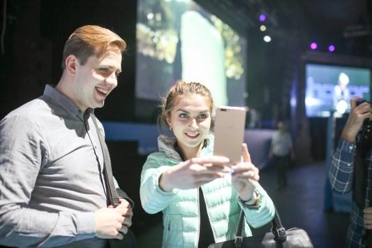 Презентация нового смартфона Huawei Honor, Москва, 9 апреля 2015