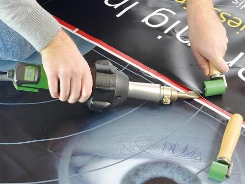 Какие технологии применяются для широкоформатной печати баннеров