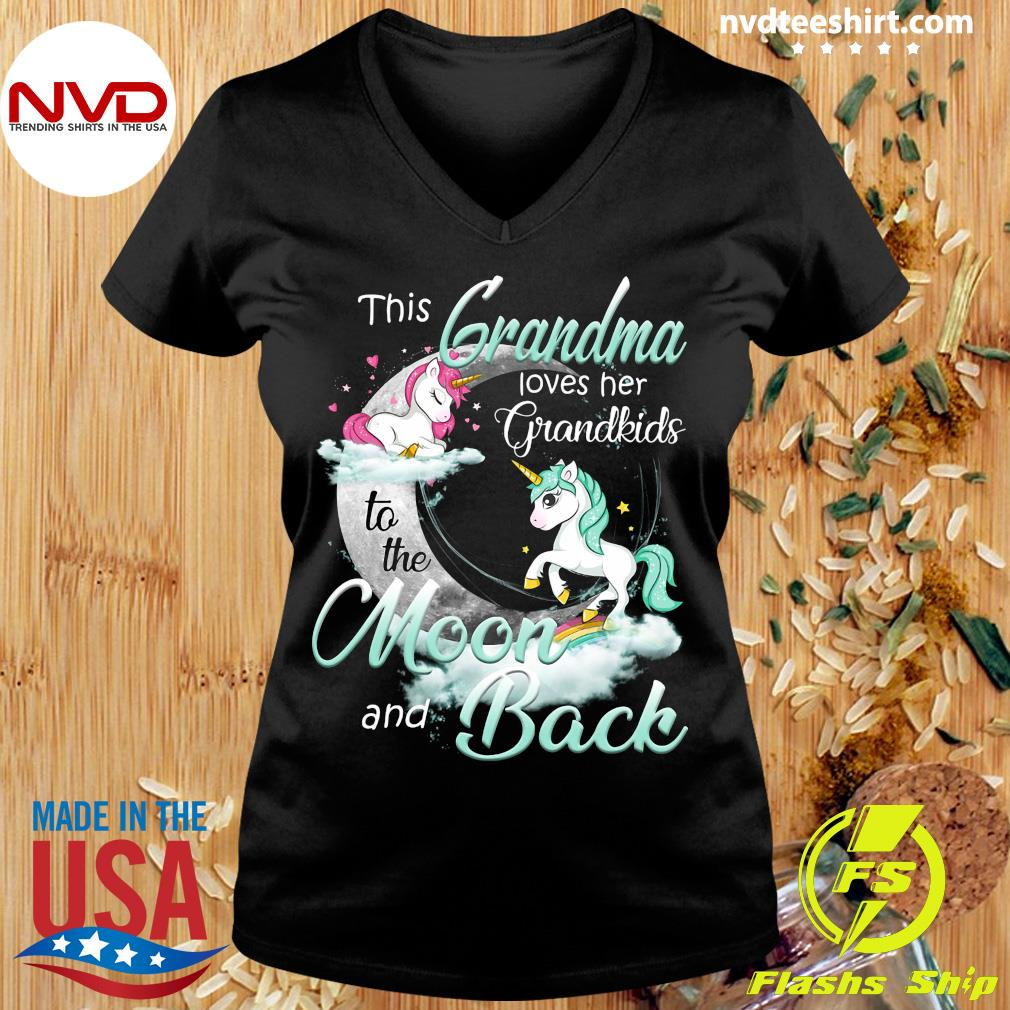 Download This Grandma Loves Her Grandkids To The Moon And Back ...