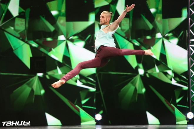 Оренбуржца Славу Леднева показали в шоу «Танцы» на ТНТ