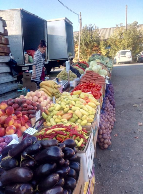 Цены на фрукты и овощи в Медногорске очень кусаются