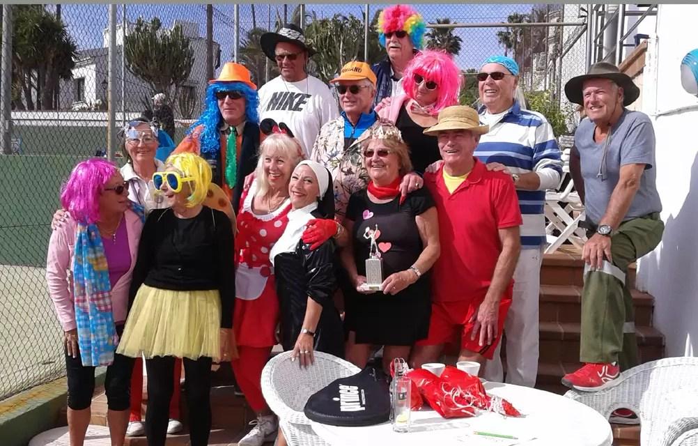 Carnaval 2018 op de tennisbaan!
