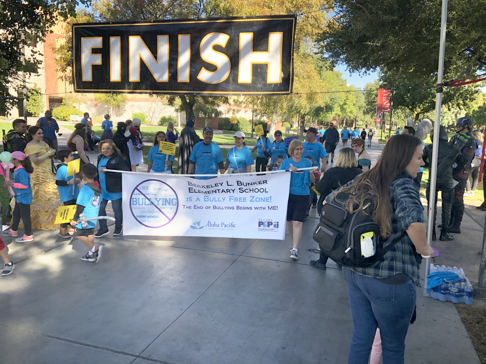 Berkley Bunker Elementary School participating in the Run Walk Roll event