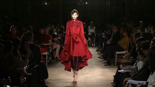 https://i0.wp.com/nwasianweekly.com/wp-content/uploads/2013/32_32/fashion2.jpg?resize=500%2C281