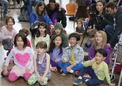 https://i0.wp.com/nwasianweekly.com/wp-content/uploads/2014/33_20/pictorial_kids.jpg?resize=500%2C356