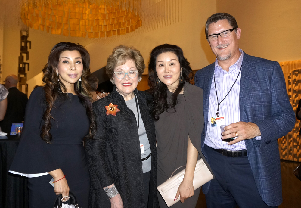 From left: Christine Lee, Dr. Julie Miller (BAM president), Nancy Li and Mitch Smith (MG2 CEO and BAM board member). (Photo by George Liu/NWAW)