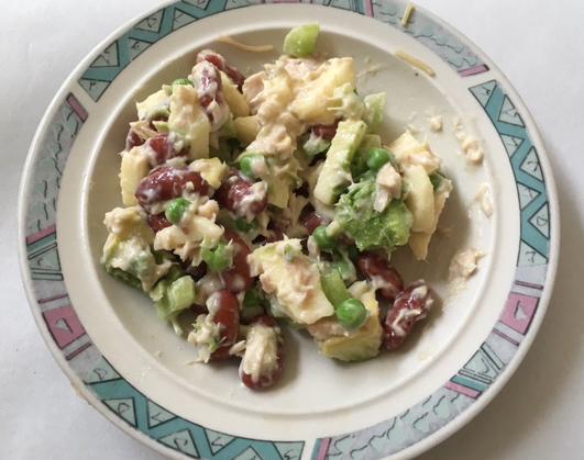 Tuna, peas, avocado, beans, and apple salad (Photo by John Liu/NWAW)