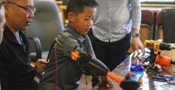 Oregon hospital gives boy, adopted from China, unique 3D forearm and hand
