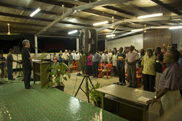 Church Leaders United Together in Papua New Guinea (1/2)