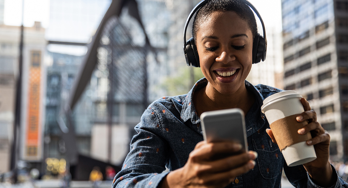 10 Popular Legal Podcasts You Should Hear
