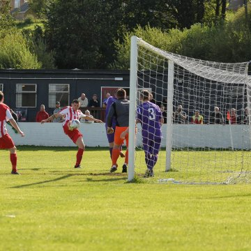 Welsh National League Premier Division: Park stop the rot, Brymbo remain top, Holywell on fire