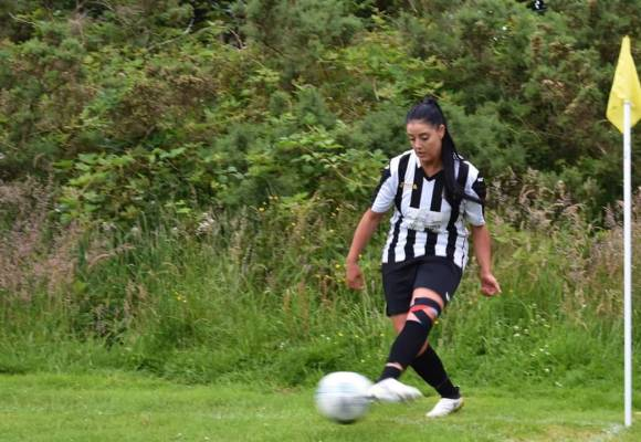Katie Bowe leads early women's football goalscorers chart for North Wales