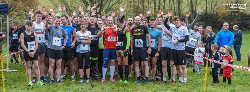 North Wales Road Runners Club News: GREAT TURNOUT FOR DANNY IN FORYD 5K RACE