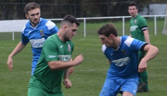 Welsh National League: Saltney upset odds with win at Mold, Brymbo close gap on leaders Albion to a point