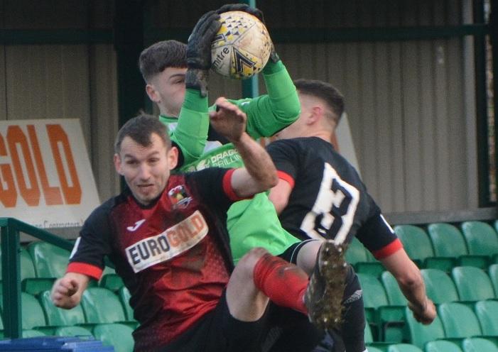 Cymru North: Porthmadog and Llandudno fight back for point, Gresford edge victory, Guilsfield third