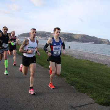 Running News: Green breaks 10k record and wins gold at Pier to Pier race