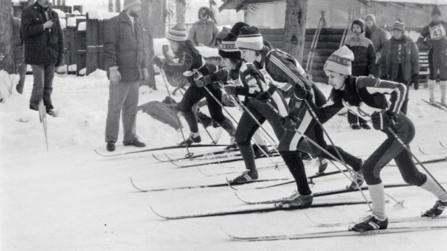 The start of the 1978 Top of the World Loppet