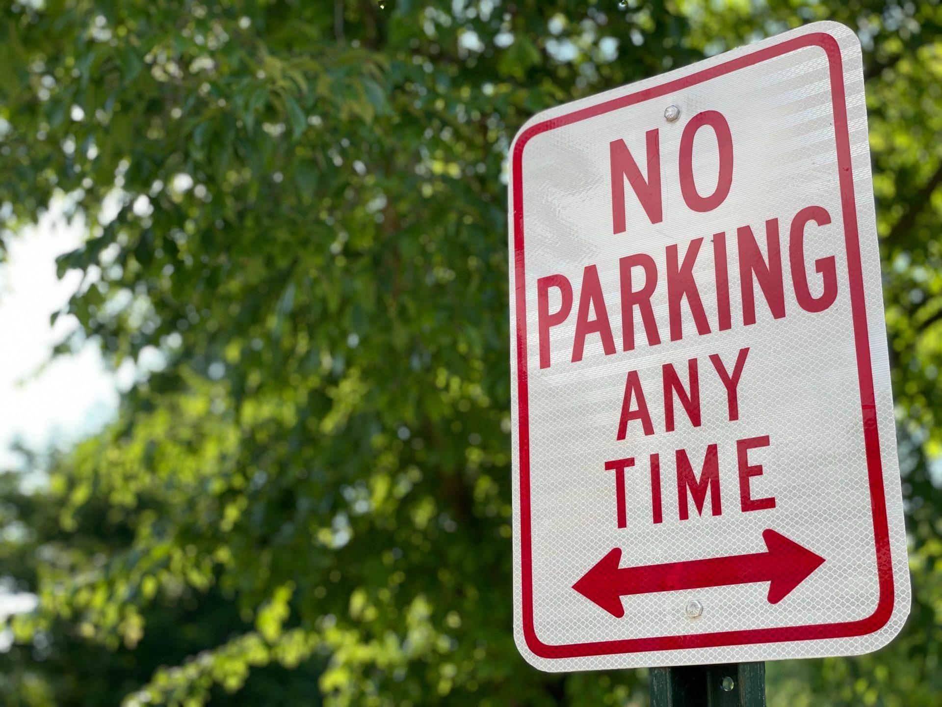 【アメリカ道路標識】駐車に関するルール No Parking / No Stopping / No Standing の違い