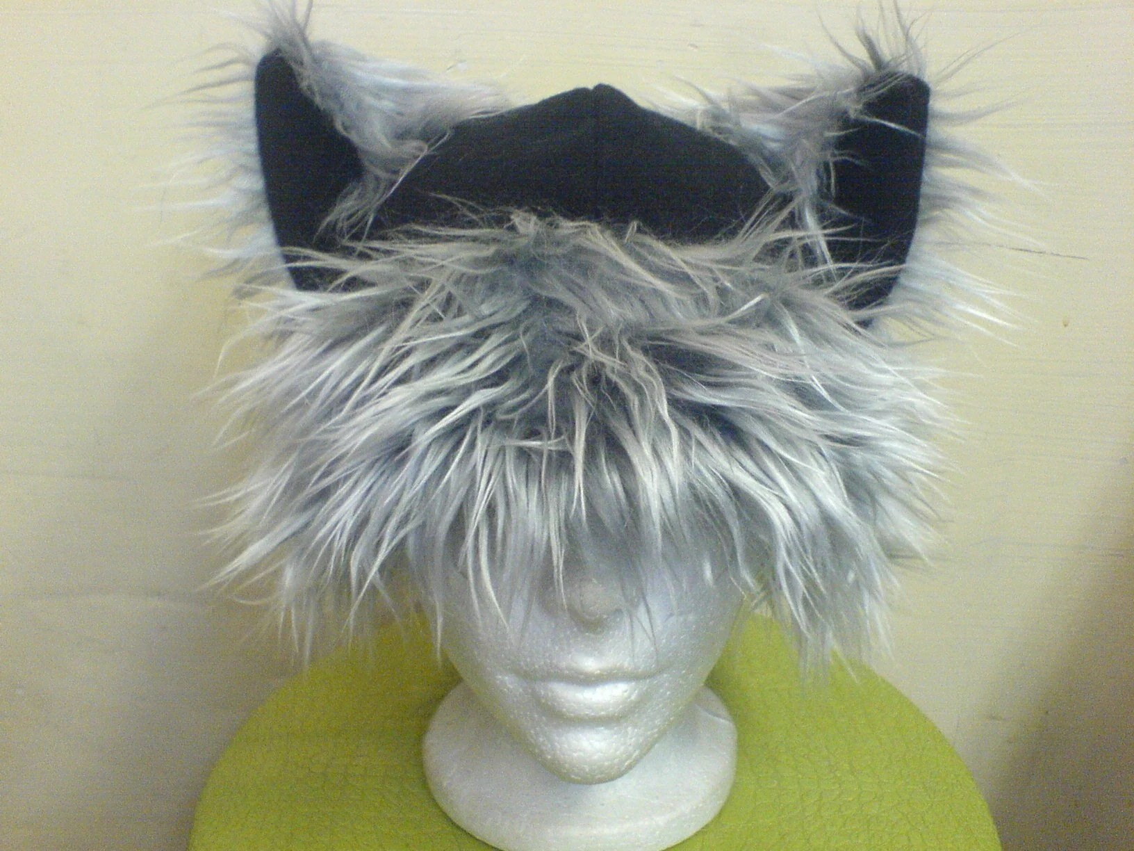 Wild Black/Gray Kitty Hat by qutewear