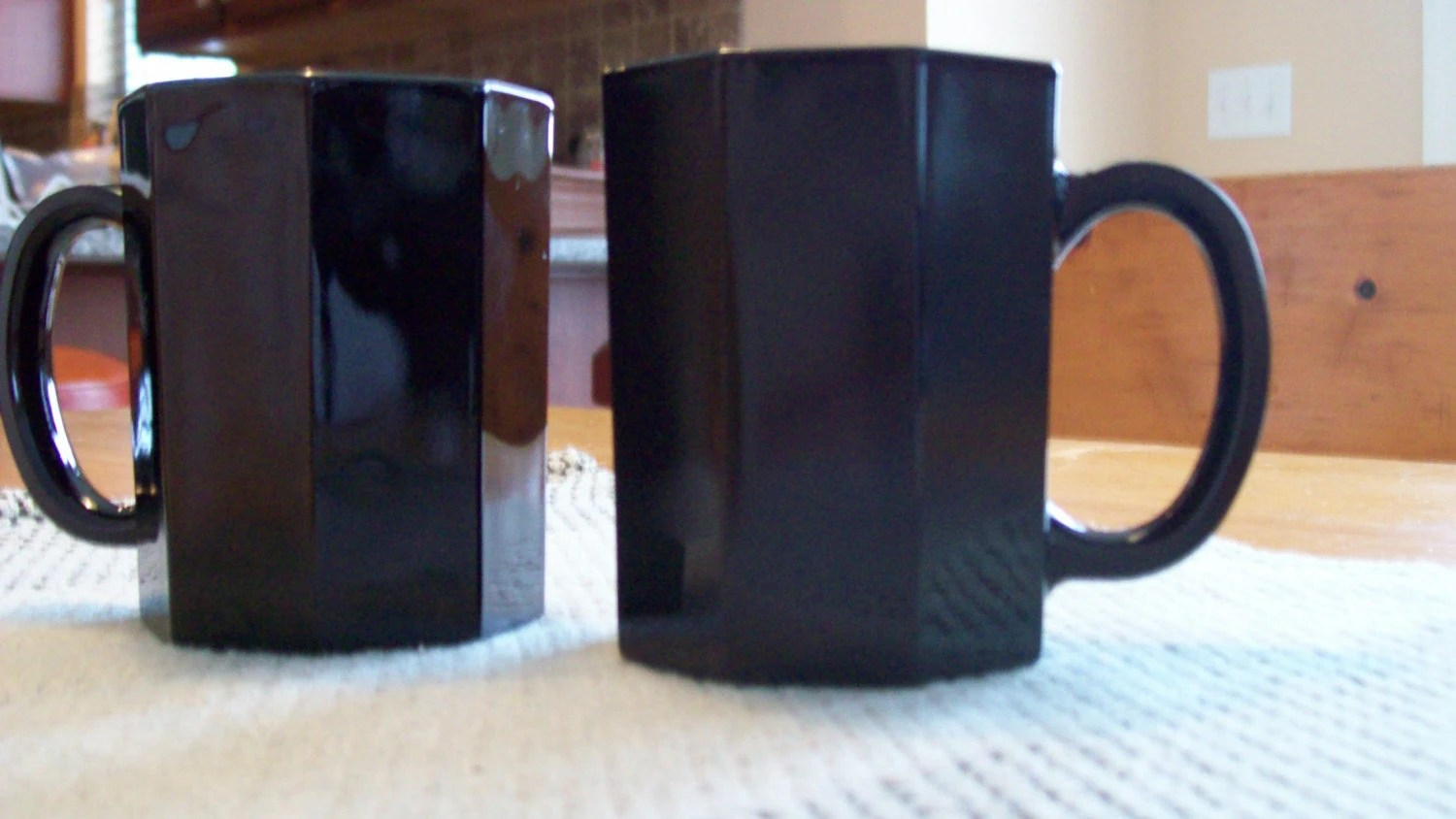 Vintage Mugs OCTIME-BLACK by ARCOROC