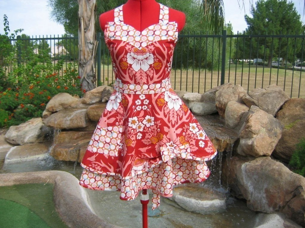 Joel Dewberry's Deer Valley - Scarlett Chic -  Sassy Apron with Bib