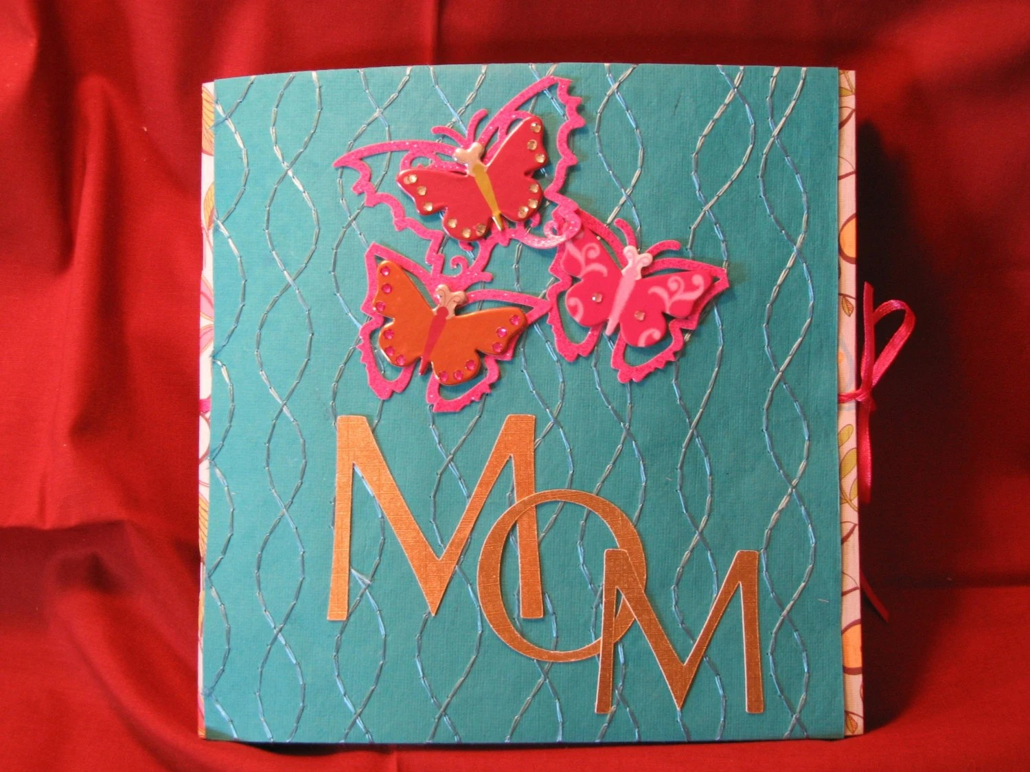 MOM  Scrapbook/ Album