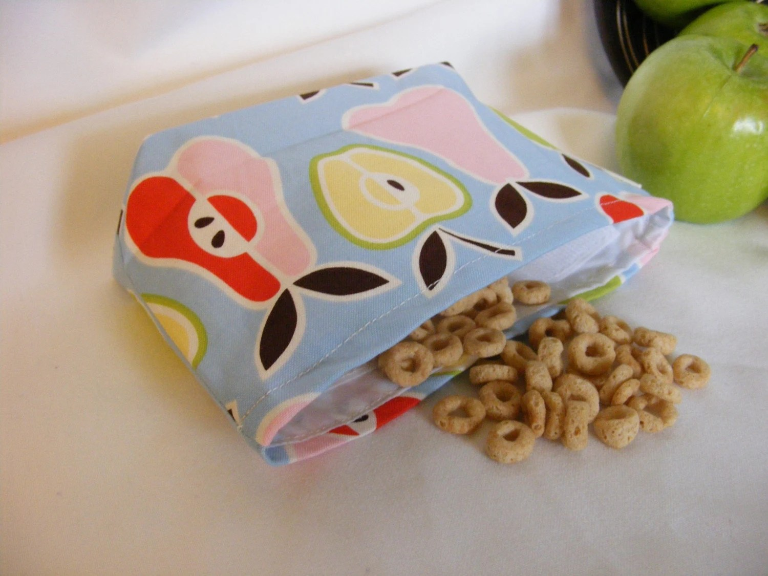 Snack Sack - Apples and Pears- gusset bottom