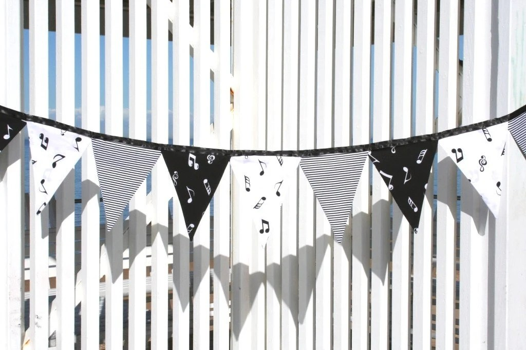 Music Note Black and White Fabric Bunting