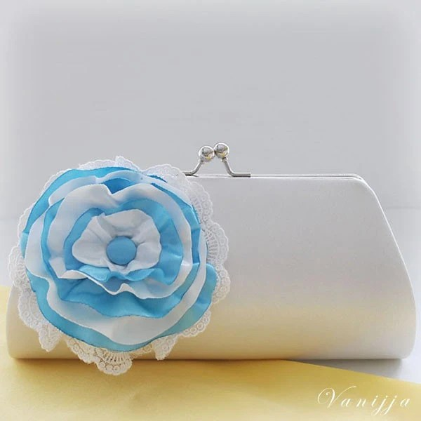 A Bridal's Clutch..Customize your own Clutch to match your Wedding Colors..Large size